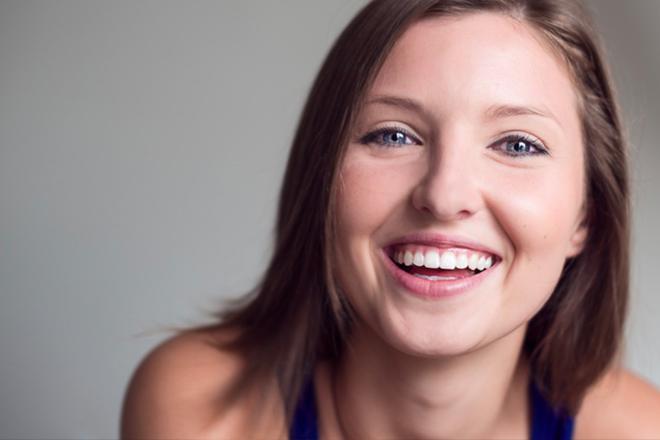 20151026_女性の笑顔